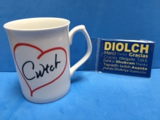 cwtch and diolch